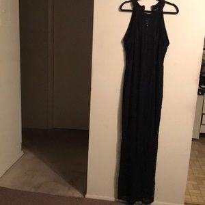 Maxi Lace Dress - Fashion To Figure